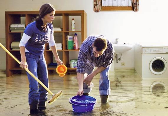 wir helfen ihnen bei einem wasserschaden oder bei. Black Bedroom Furniture Sets. Home Design Ideas